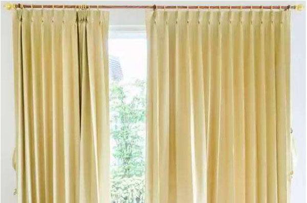 洗窗帘多少钱